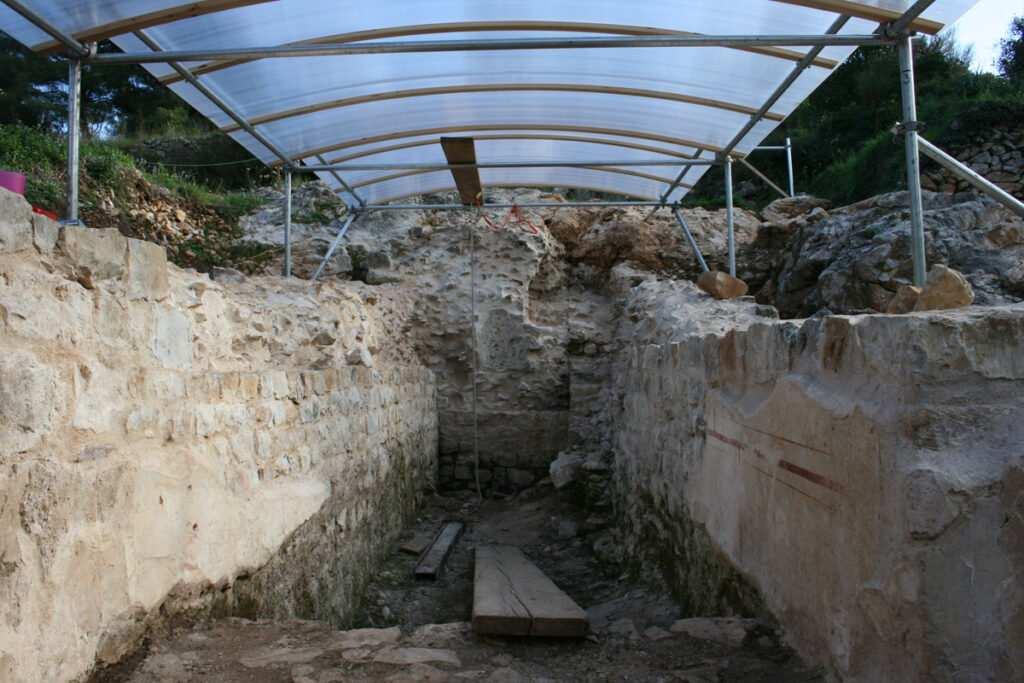 Razvaline starog Epidauruma vrijedno je razgledati – II. dio